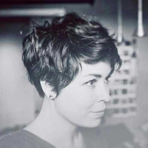 Well Liked Short Pixie Haircuts For Wavy Hair With Regard To Short Pixie Haircuts For Thick Wavy Hair – Find Hairstyle (View 19 of 20)