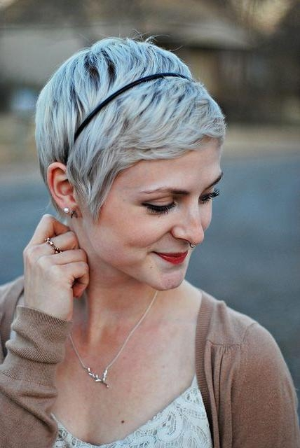 Widely Used Pixie Haircuts With Headband Pertaining To Best 25+ Pixie Cut Headband Ideas On Pinterest (View 20 of 20)