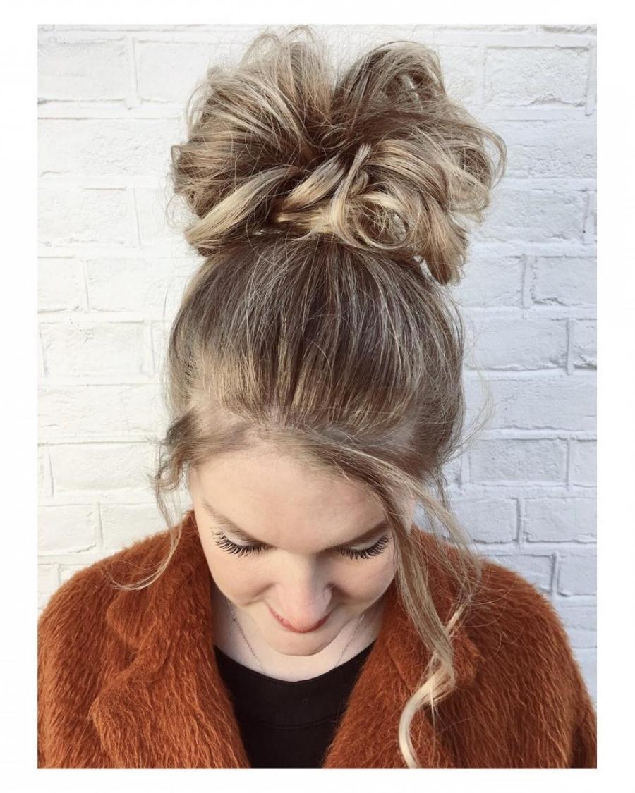 34 Easy Updos For Long Hair Trending For 2018 | Latest Hairstyles Regarding Easy Updos For Wavy Hair (View 10 of 15)
