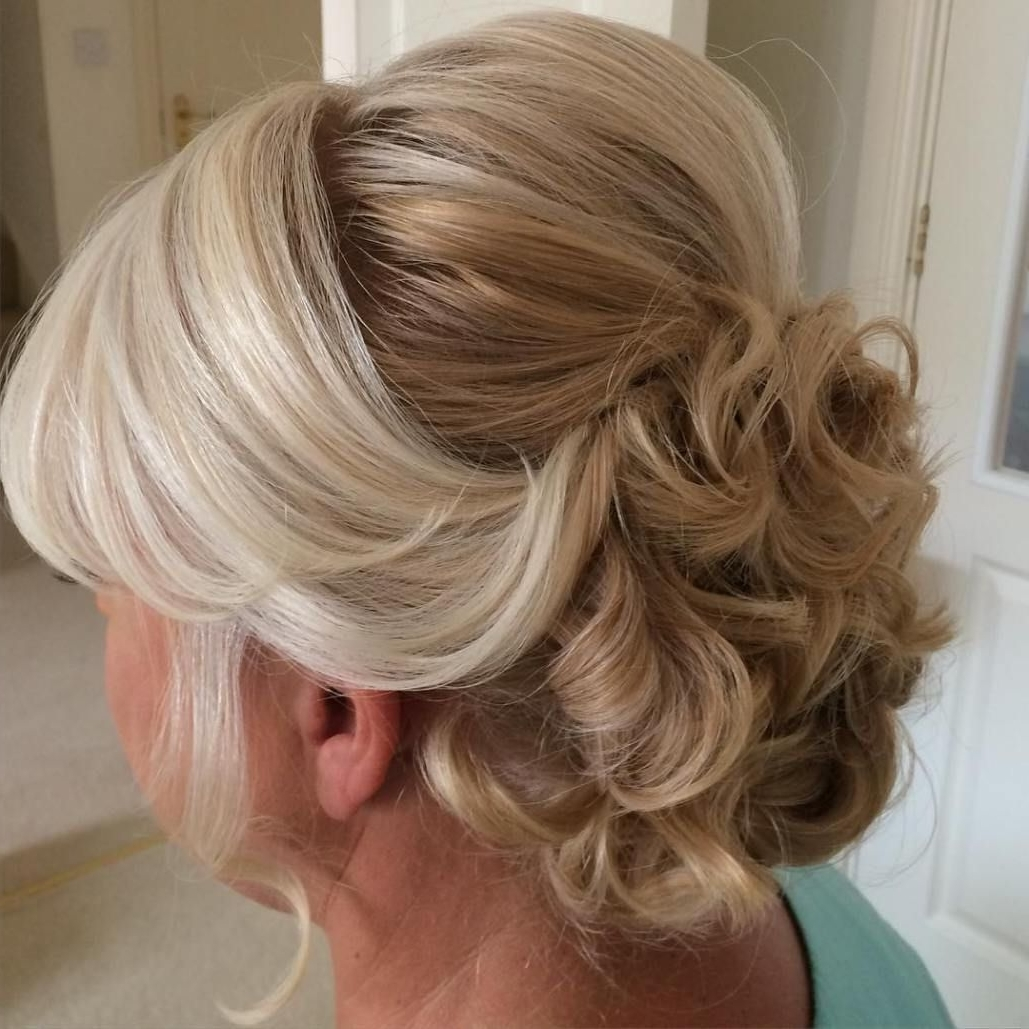 40 Ravishing Mother Of The Bride Hairstyles | Updo, Curly And Long Locks Pertaining To Updo Hairstyles For Older Women (View 1 of 15)