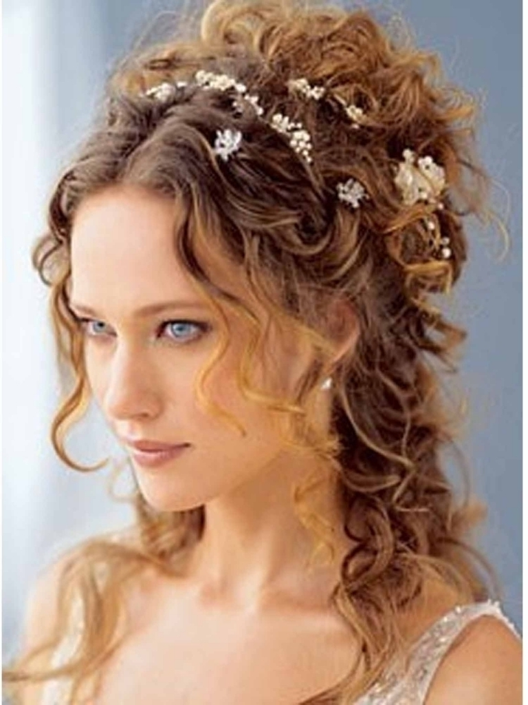 Bridal Hairstyles For Curly Hair – Internationaldot Within Bridal Updos For Curly Hair (View 3 of 15)