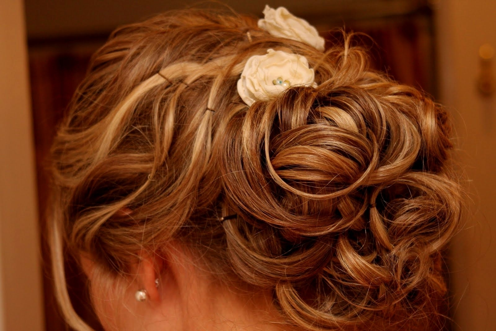 Bridal Hairstyles Thin Hair | Hairstyles Ideas Throughout Messy Updo Hairstyles For Thin Hair (View 11 of 15)
