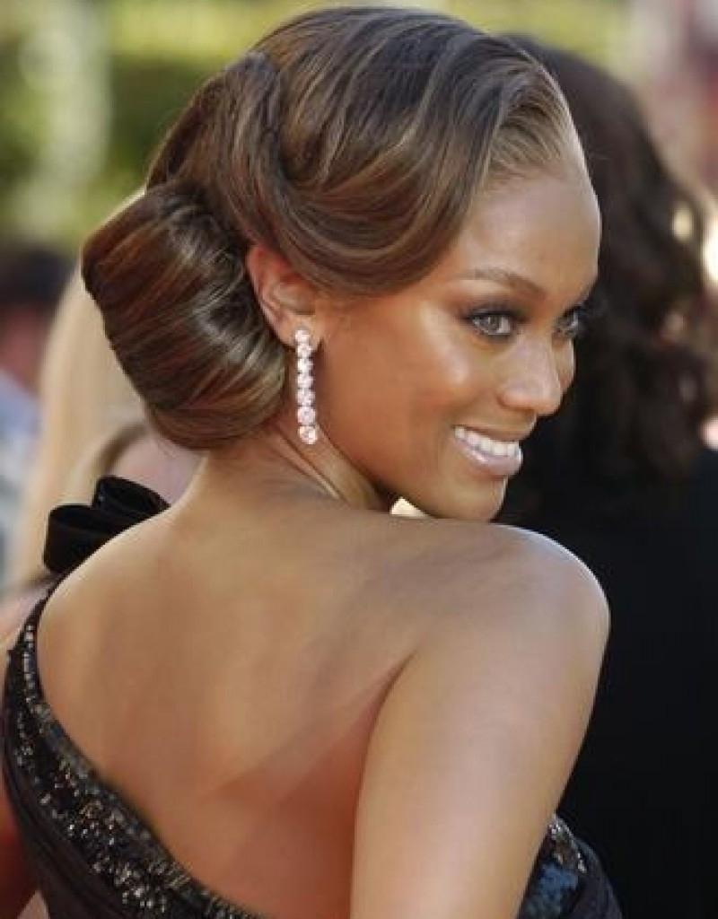 Formal Hairstyles For Black Hair – Women Medium Haircut In Updo Hairstyles For Black Bridesmaids (View 4 of 15)
