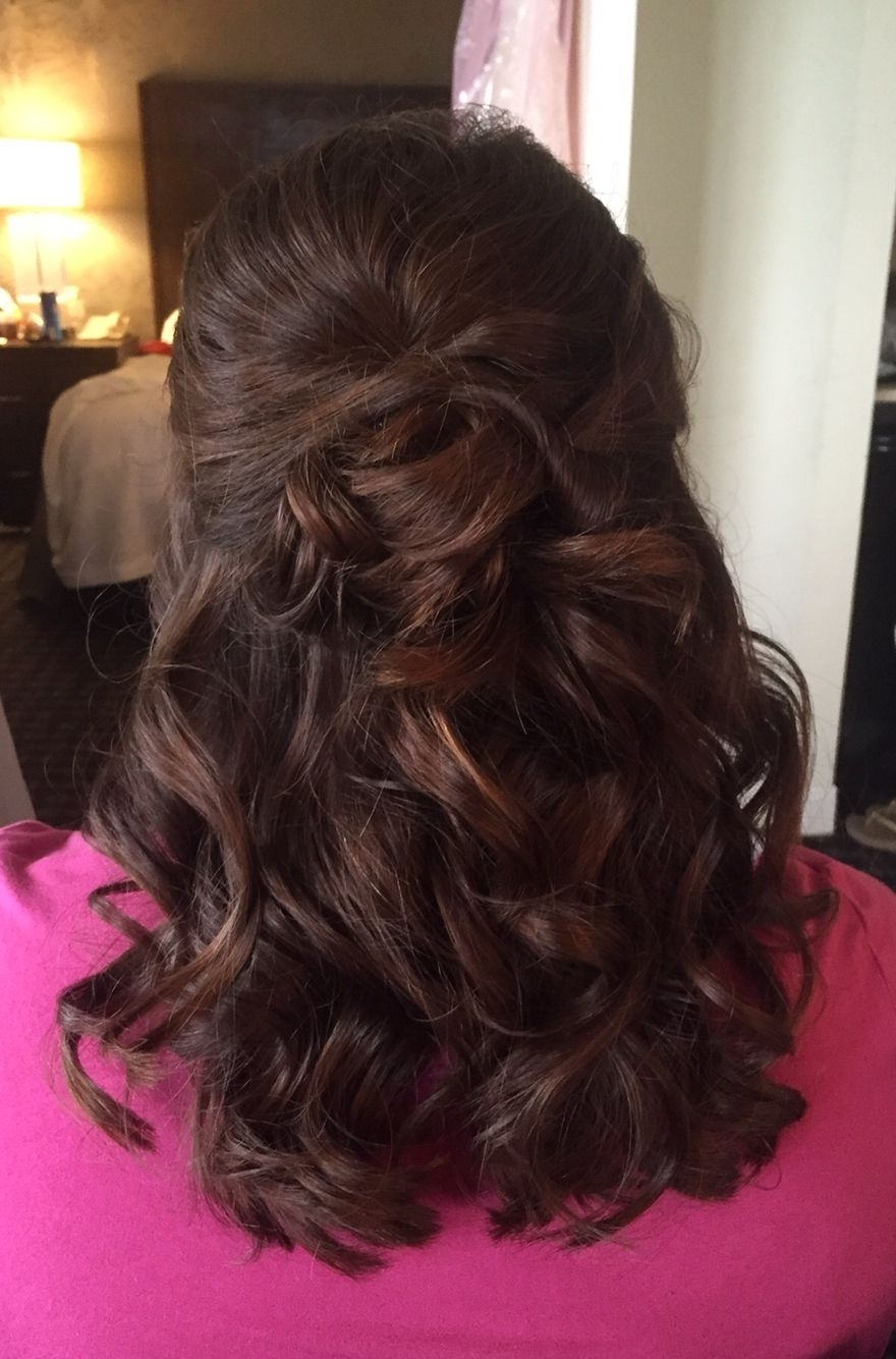 Half Up Half Down Bridal Hairstyle (View 3 of 15)