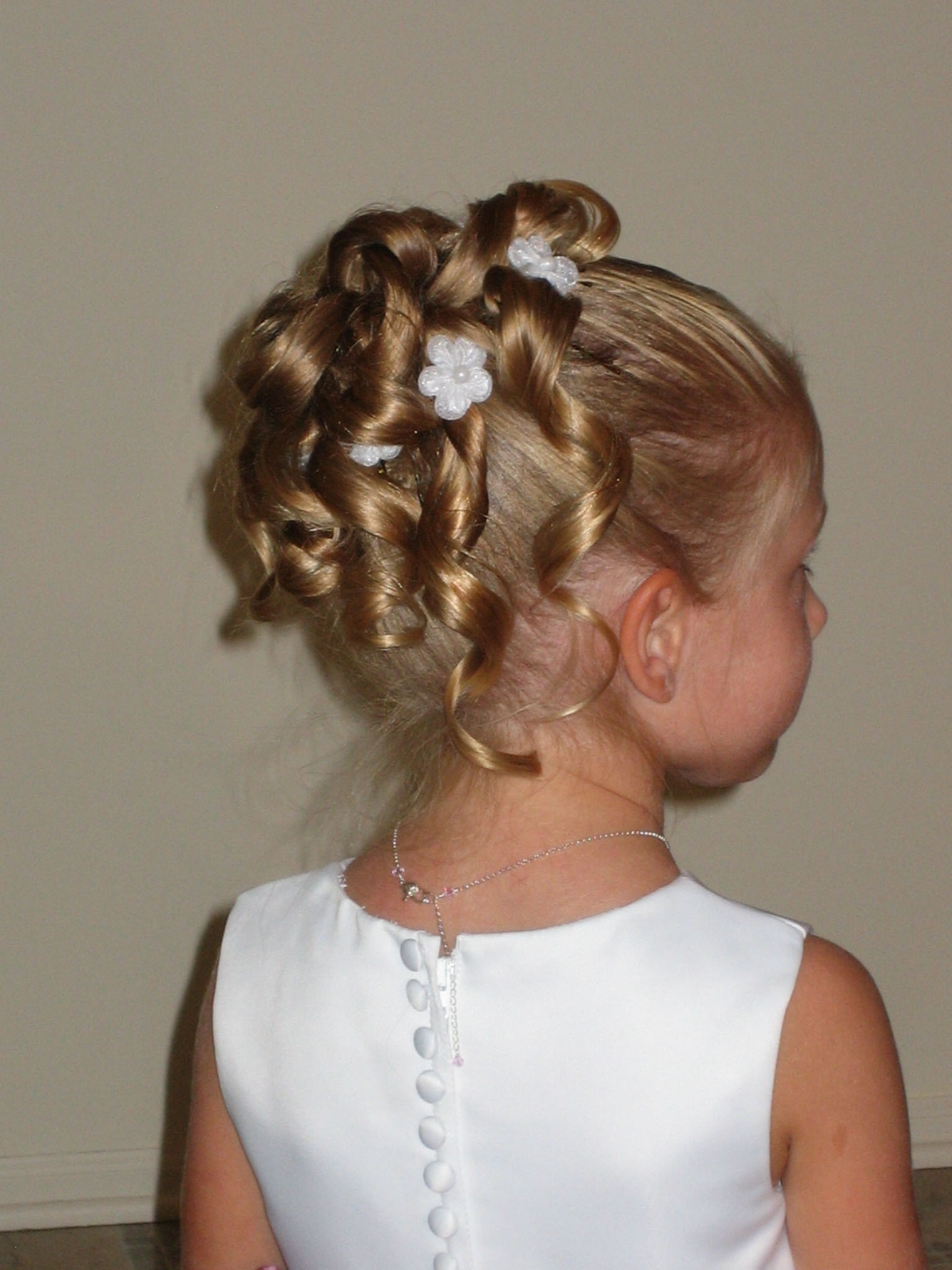 Little Girl Updo Hairstyles 1000+ Images About Wedding Hairstyle For In Little Girl Updo Hairstyles (View 6 of 15)