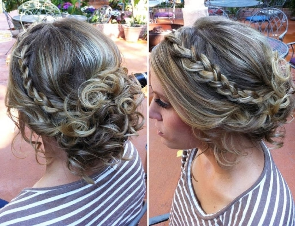 Messy Bun Prom Hairstyles – Hairstyle Hits Pictures Regarding Messy Updo Hairstyles For Prom (View 7 of 15)
