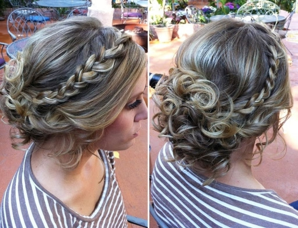 2018 Popular Messy Updo Hairstyles For Wedding
