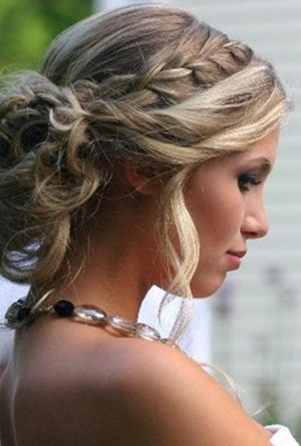 Updo Hair Styles For Wedding And Prom Throughout Homecoming Updos For Medium Length Hair (View 12 of 15)