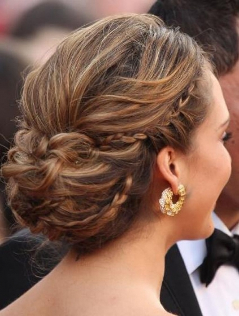 Updo Hairstyles For Thick Hair Formal Hairstyles With Long Thick For Updo Hairstyles For Long Thick Hair (View 15 of 15)