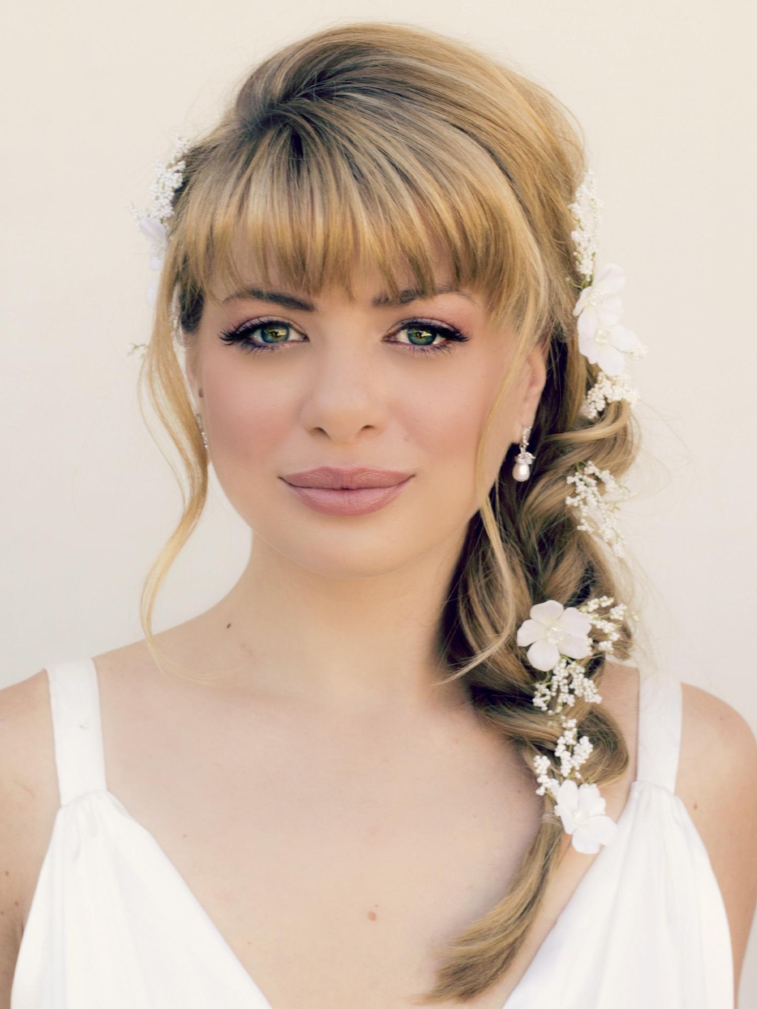 Updos For Medium Hair With Bangs – Women Medium Haircut With Updos For Layered Hair With Bangs (View 15 of 15)