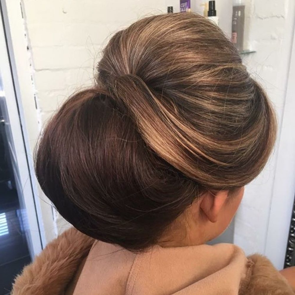 Wearable 60's Hairstyles: Can You Dig These 60's Inspired Looks? For Long Hair Updo Hairstyles For Over (View 15 of 15)