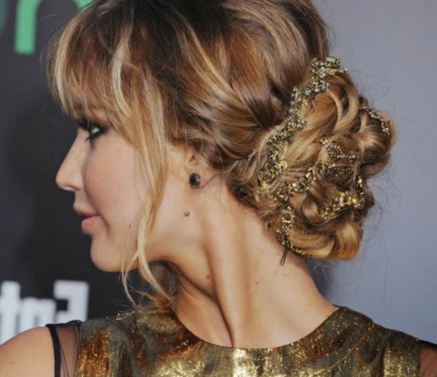 Wedding Messy Updo Hairstyles (View 13 of 15)
