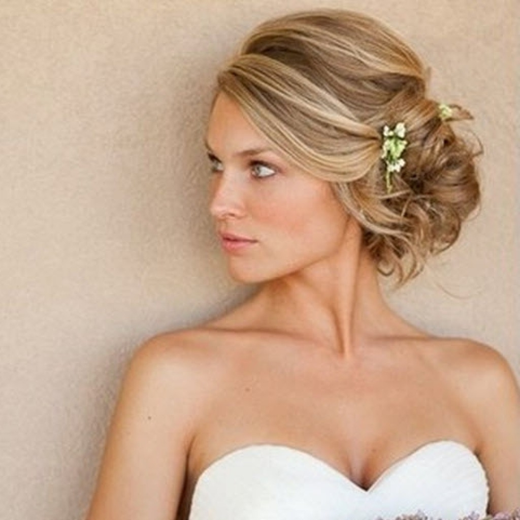 Photo Gallery Of Bridesmaid Hairstyles Updos For Short Hair Viewing