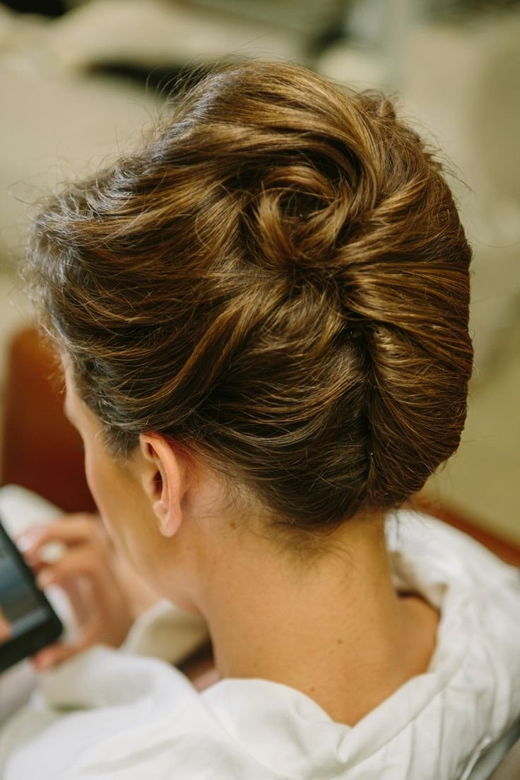 14 Fabulous French Twist Updos – Pretty Designs With Regard To Famous Roll Hairstyles For Wedding (View 1 of 15)