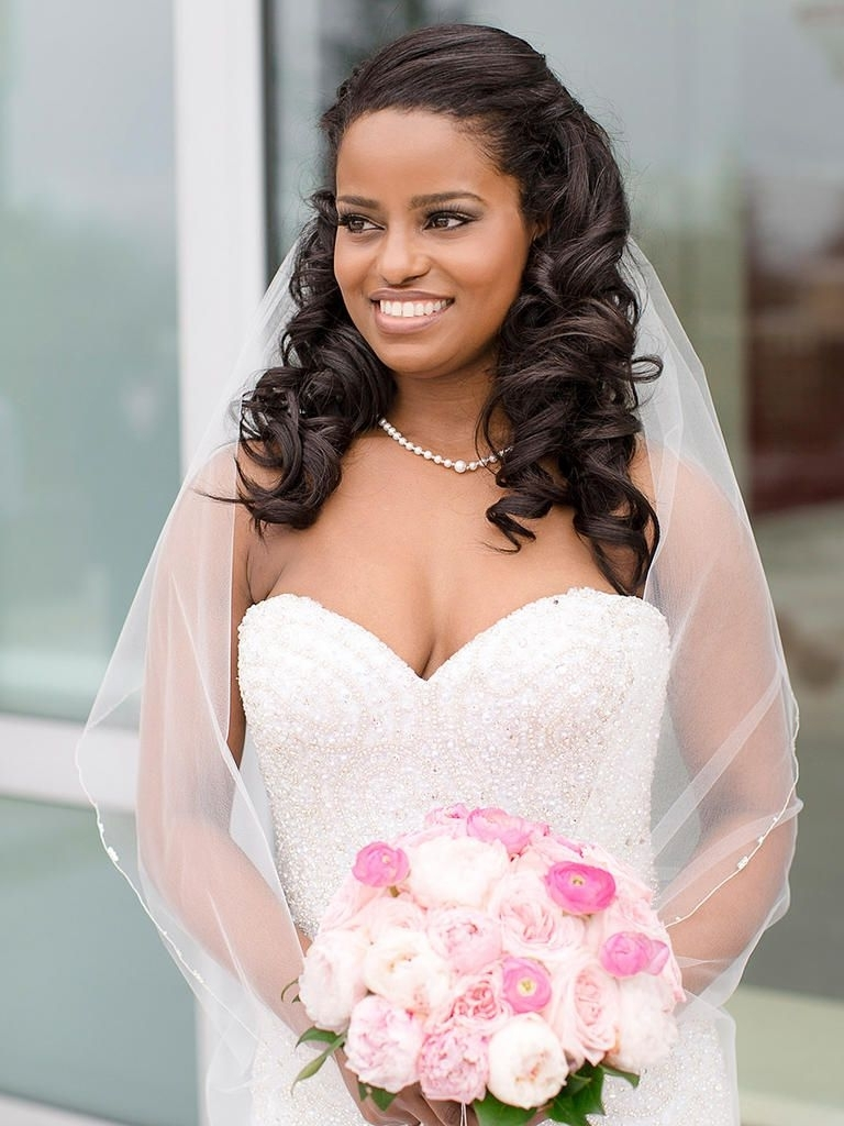 16 Wedding Hairstyles For Curly Hair (View 2 of 15)
