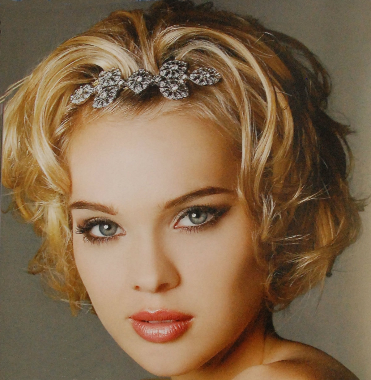 2017 Wedding Hairstyles For Short Hair With Bangs Within Wedding Hairstyles For Short Hair (View 11 of 15)