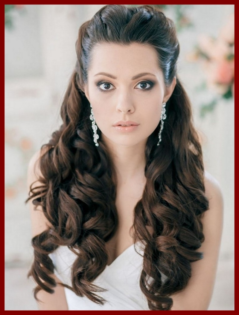 2018 Down Curly Wedding Hairstyles Inside Incredible Long Hair Curls For Wedding Hairstyles Down Ideas Curly (View 7 of 15)