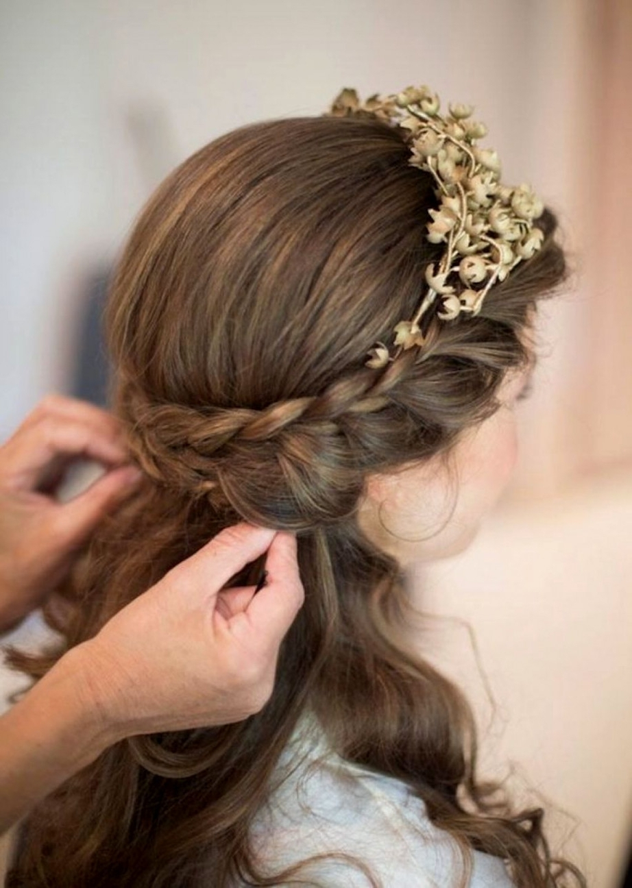 2018 Wedding Hairstyles For Medium Length Hair With Flowers In Singular Hairstyles Half Up And Down Forng With Veil Shoulder Length (View 2 of 15)