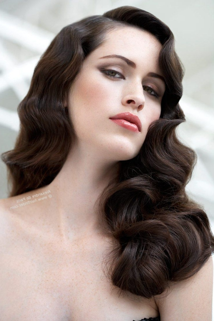 Featured Photo of Vintage Wave Wedding Hairstyles
