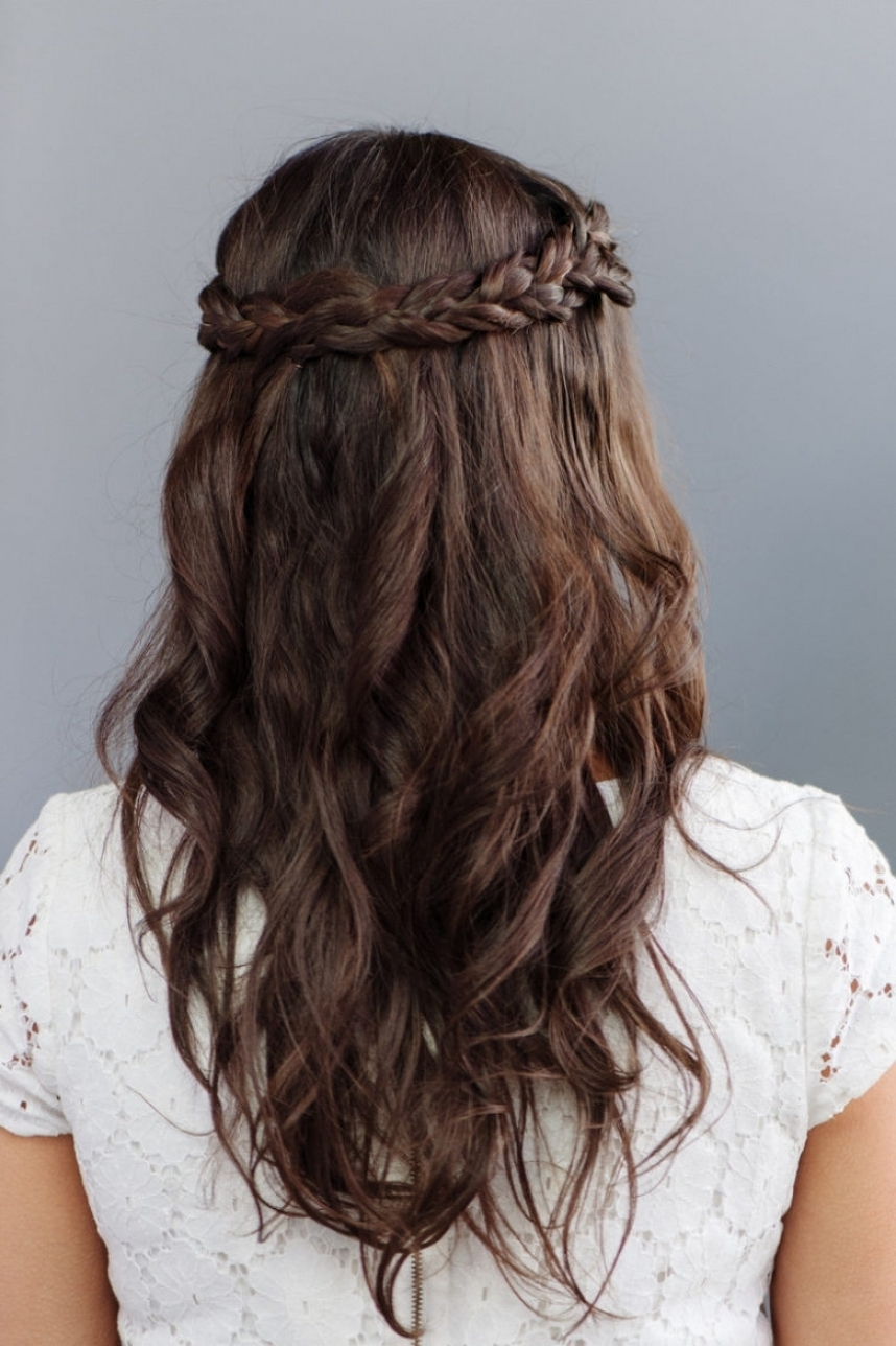 30 Bridesmaid Hairstyles Your Friends Will Actually Love A Intended Throughout Recent Elegant Wedding Hairstyles For Bridesmaids (Gallery 1 of 15)