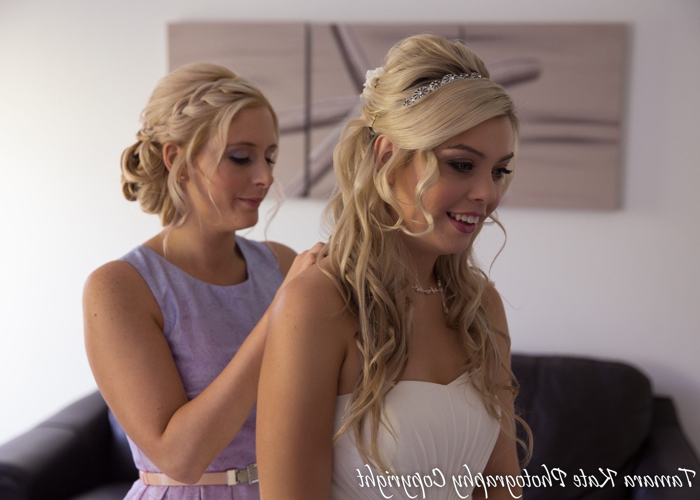 34 Small But Important Things To Observe In Beach Wedding Hairstyles For Most Up To Date Beach Wedding Hair For Bridesmaids (View 2 of 15)