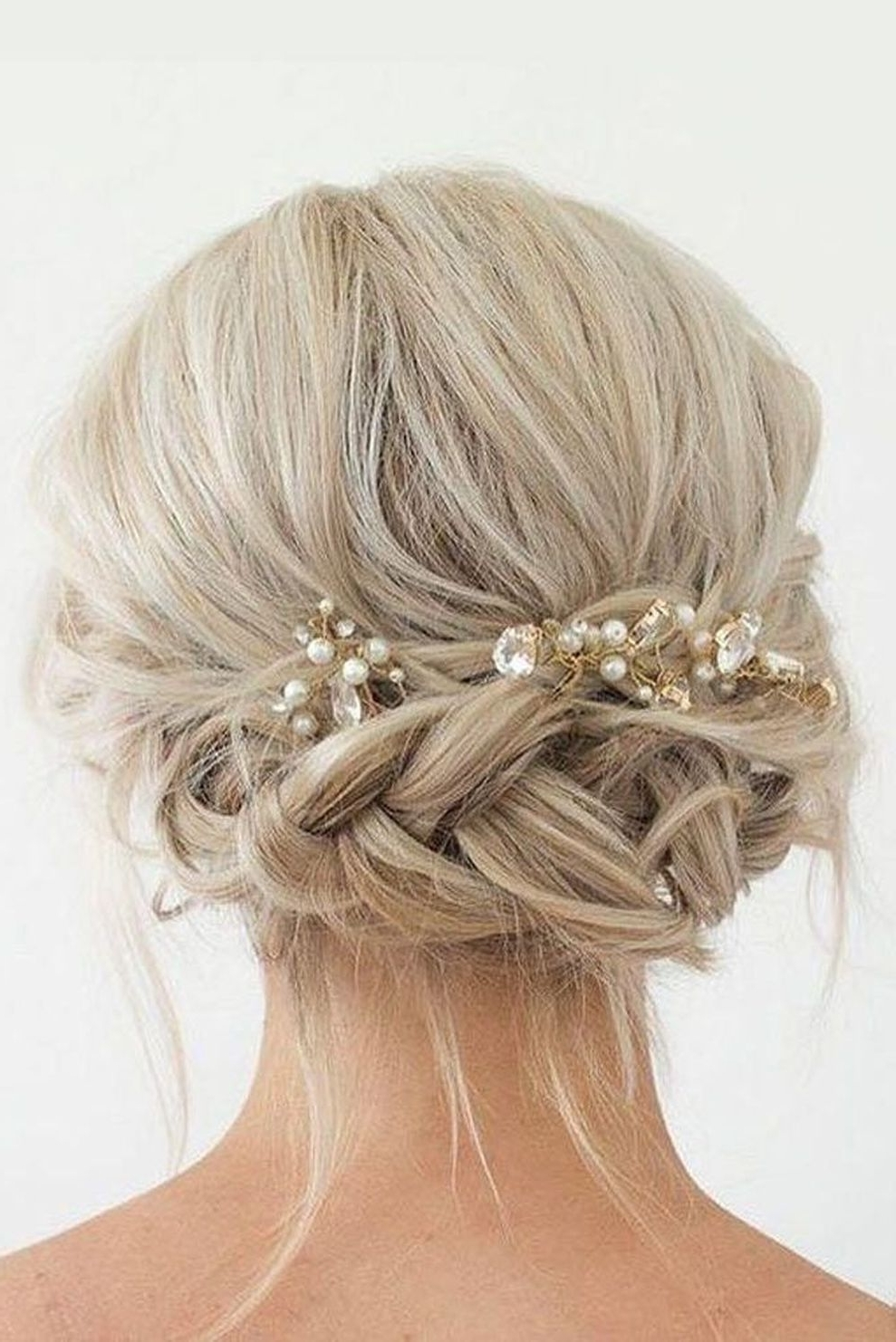 44 Beautiful Wedding Hairstyles Ideas For Medium Length Hair With Regard To Most Popular Wedding Hairstyles For Chin Length Hair (View 14 of 15)