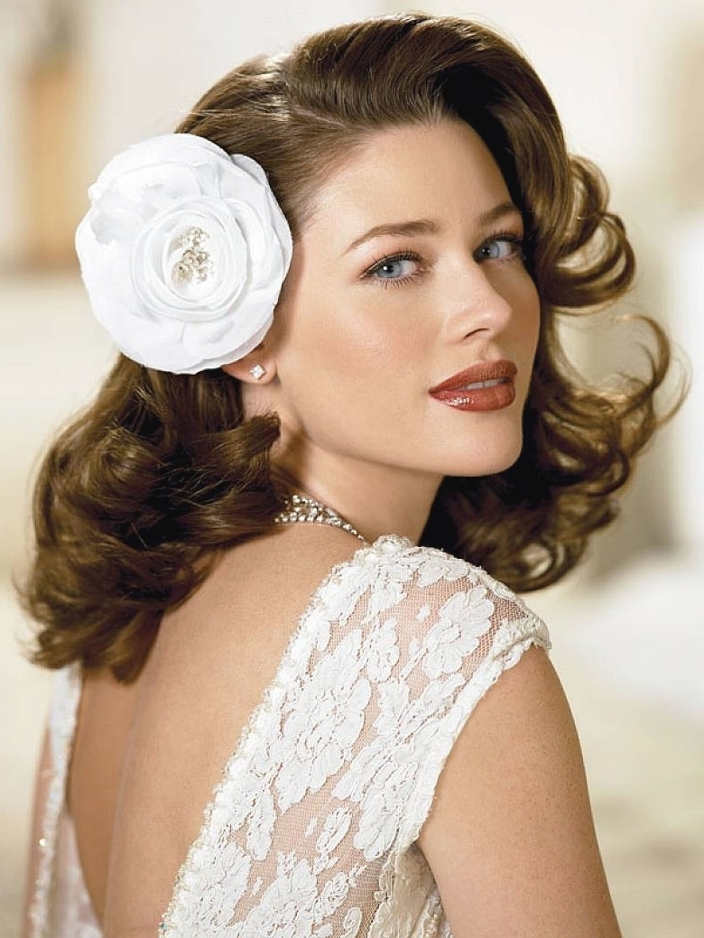 Asian Bridal Hairstyles For Short Hair (View 8 of 15)