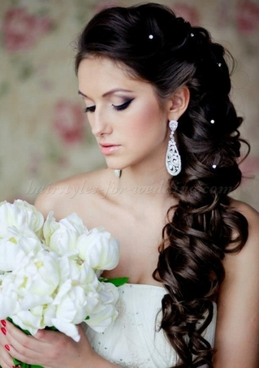 Best And Newest Wedding Hairstyles To The Side With Curls Regarding Curly Wedding Hair Swept Bangs Side Swept Wedding Hairstyles Black (View 2 of 15)