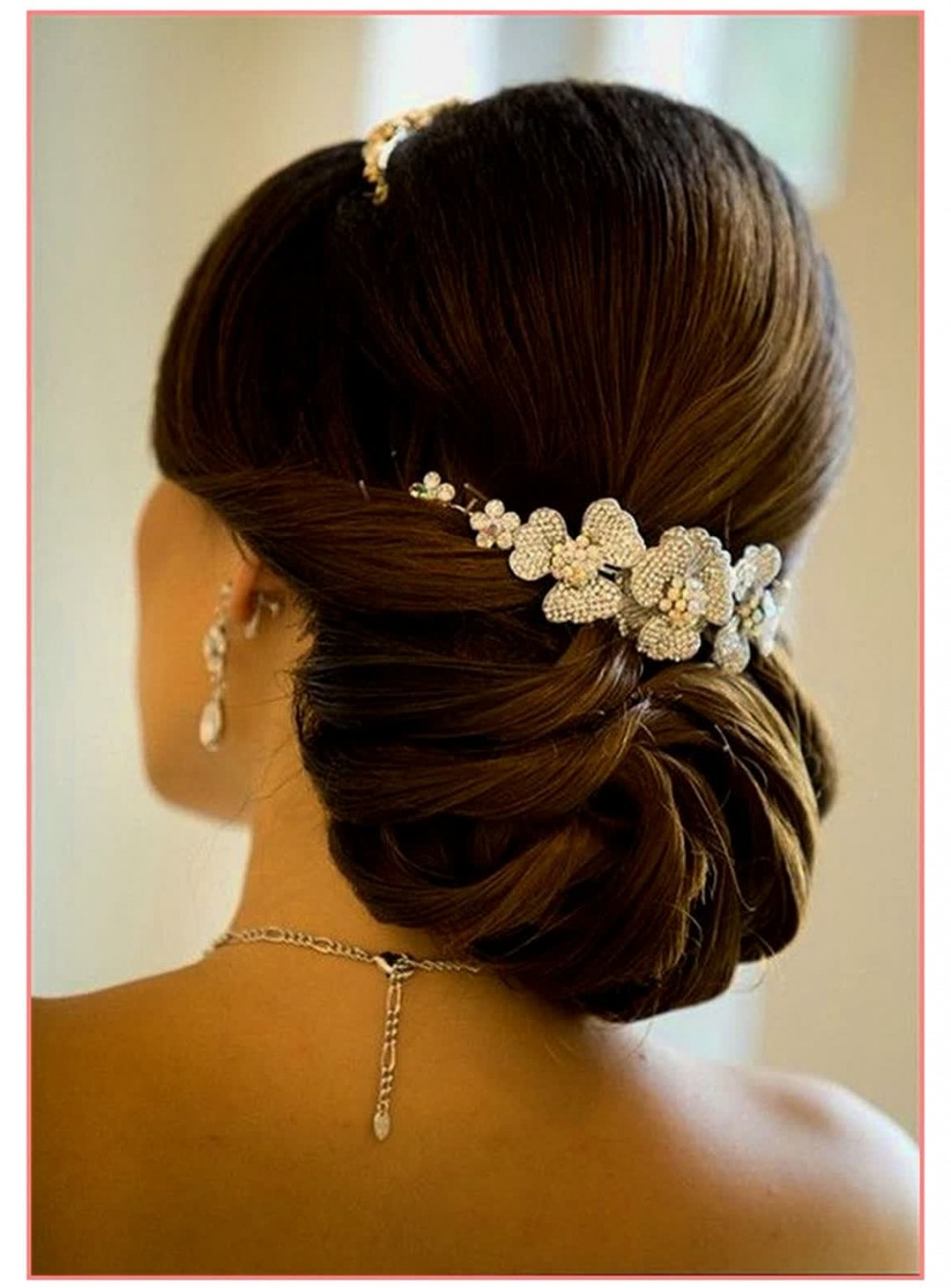 Best Ideas Easy Elegant Wedding Hairstyles For 50th Anniversary With Latest Elegant Wedding Hairstyles (View 8 of 15)