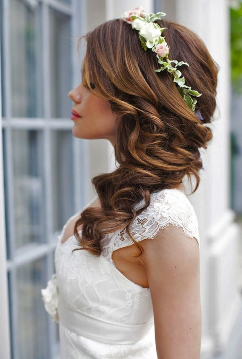 Best Inside Favorite Beach Wedding Hairstyles (View 9 of 15)