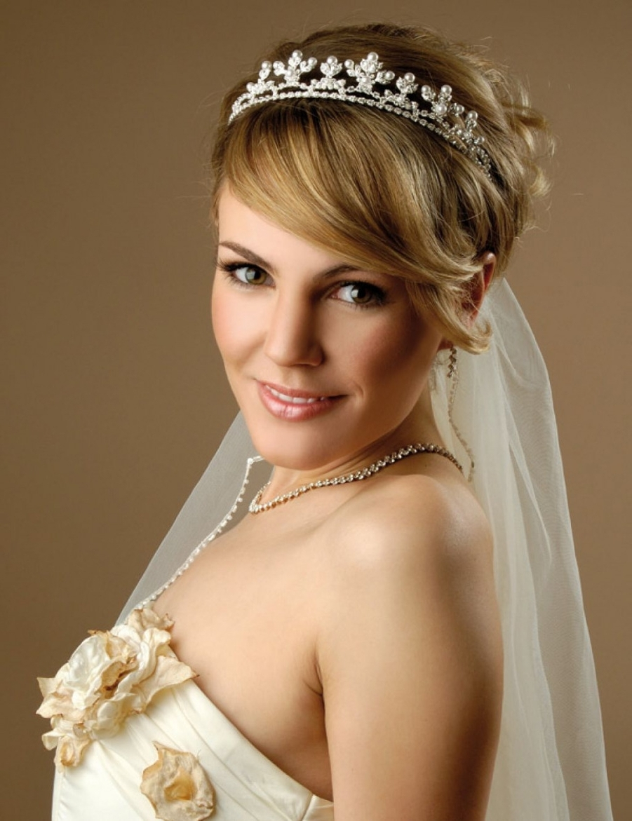 Best Intended For Popular Wedding Hairstyles For Short Hair With Tiara (View 2 of 15)