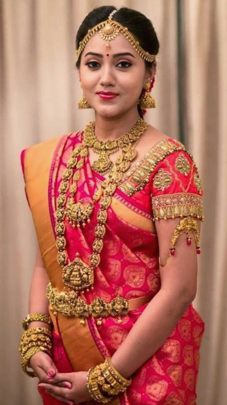 Best South Indian Wedding Hairstyles Contemporary – Styles & Ideas Pertaining To Recent South Indian Wedding Hairstyles (View 9 of 15)