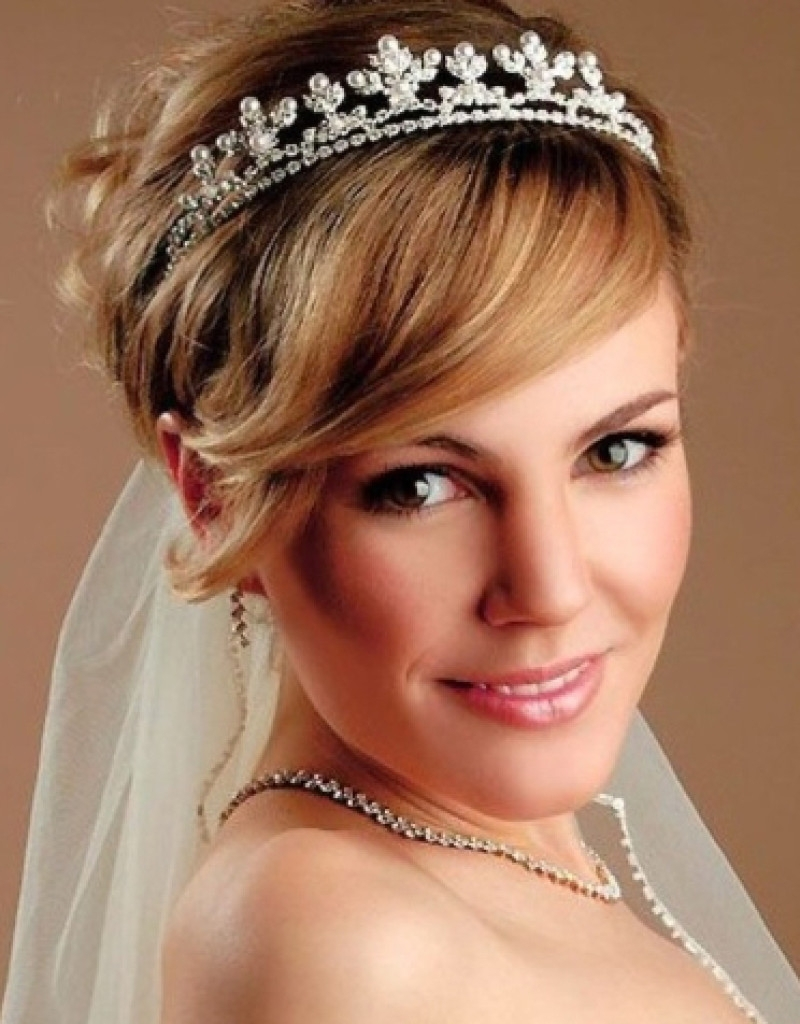 Bridal Hairstyles For Short Hair With Veil – The Newest Hairstyles Regarding Most Current Wedding Hairstyles For Short Hair With Veil And Tiara (View 8 of 15)