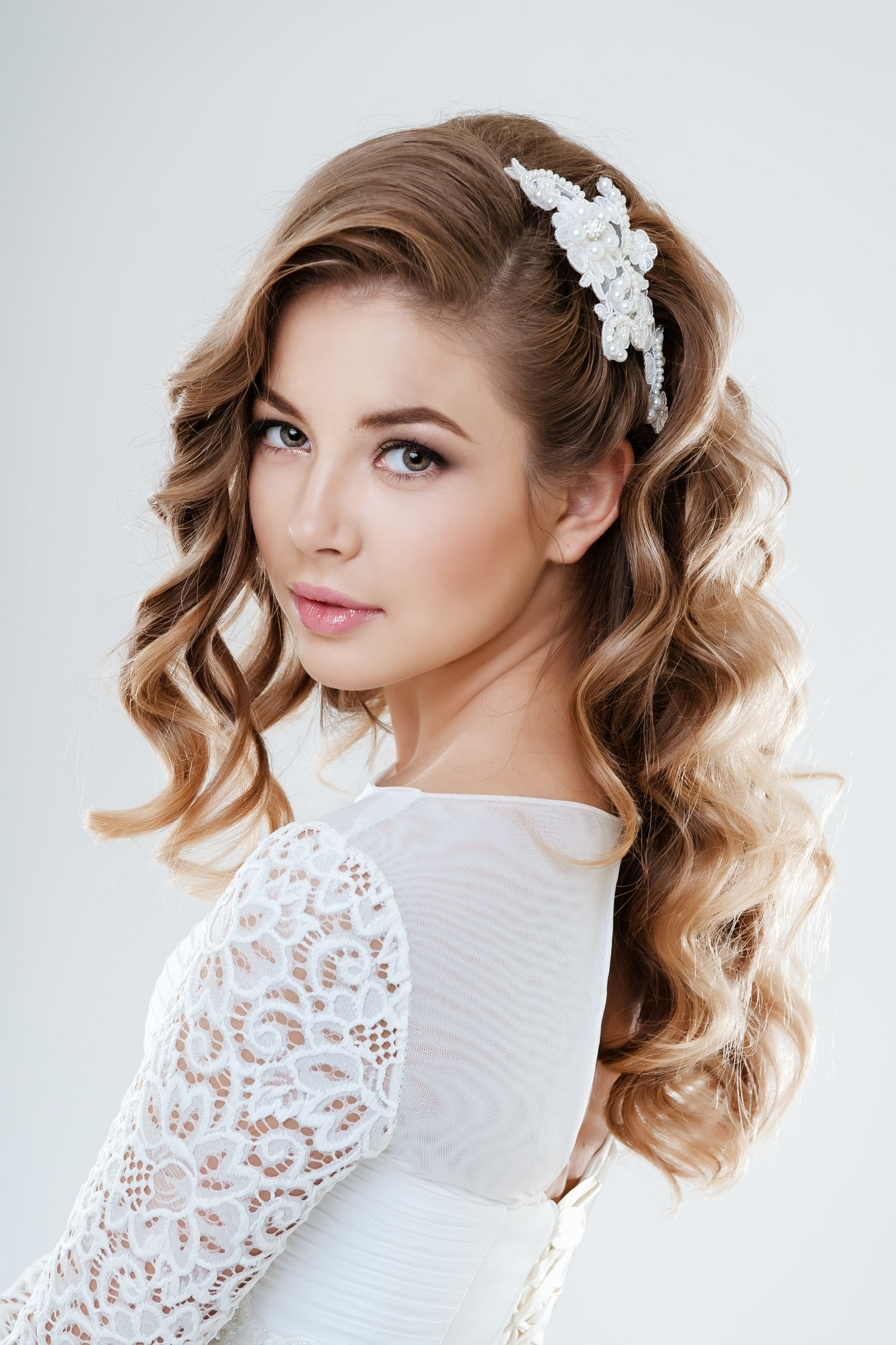 Choosing The Perfect Hairstyle To Match Your Wedding Dress – Al With Favorite Wedding Hairstyles To Match Your Dress (View 5 of 15)