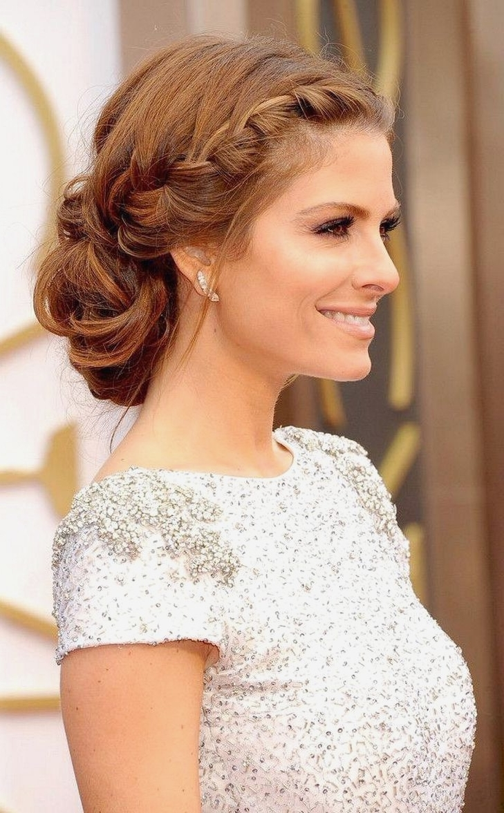Current Off To The Side Wedding Hairstyles With Regard To Long Hairstyles : Awesome Wedding Hairstyles For Long Hair Off To (View 12 of 15)