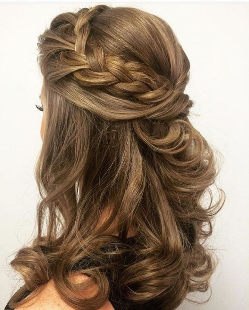 Current Wedding Hairstyles For Medium Length With Brown Hair In 50 Amazing Wedding Hairstyles For Medium Hair (View 7 of 15)