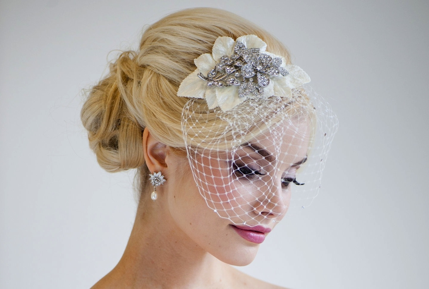 Current Wedding Hairstyles For Short Hair With Birdcage Veil Throughout Wedding Hairstyles With Birdcage Veil Wedding Ideas For You (View 7 of 15)