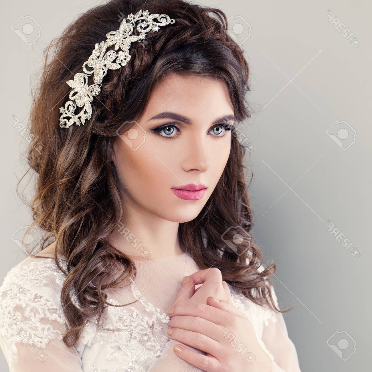 Current Wedding Hairstyles For Young Brides For Beauty Fashion Portrait Of Young Bride With Wedding Hairstyle (View 11 of 15)