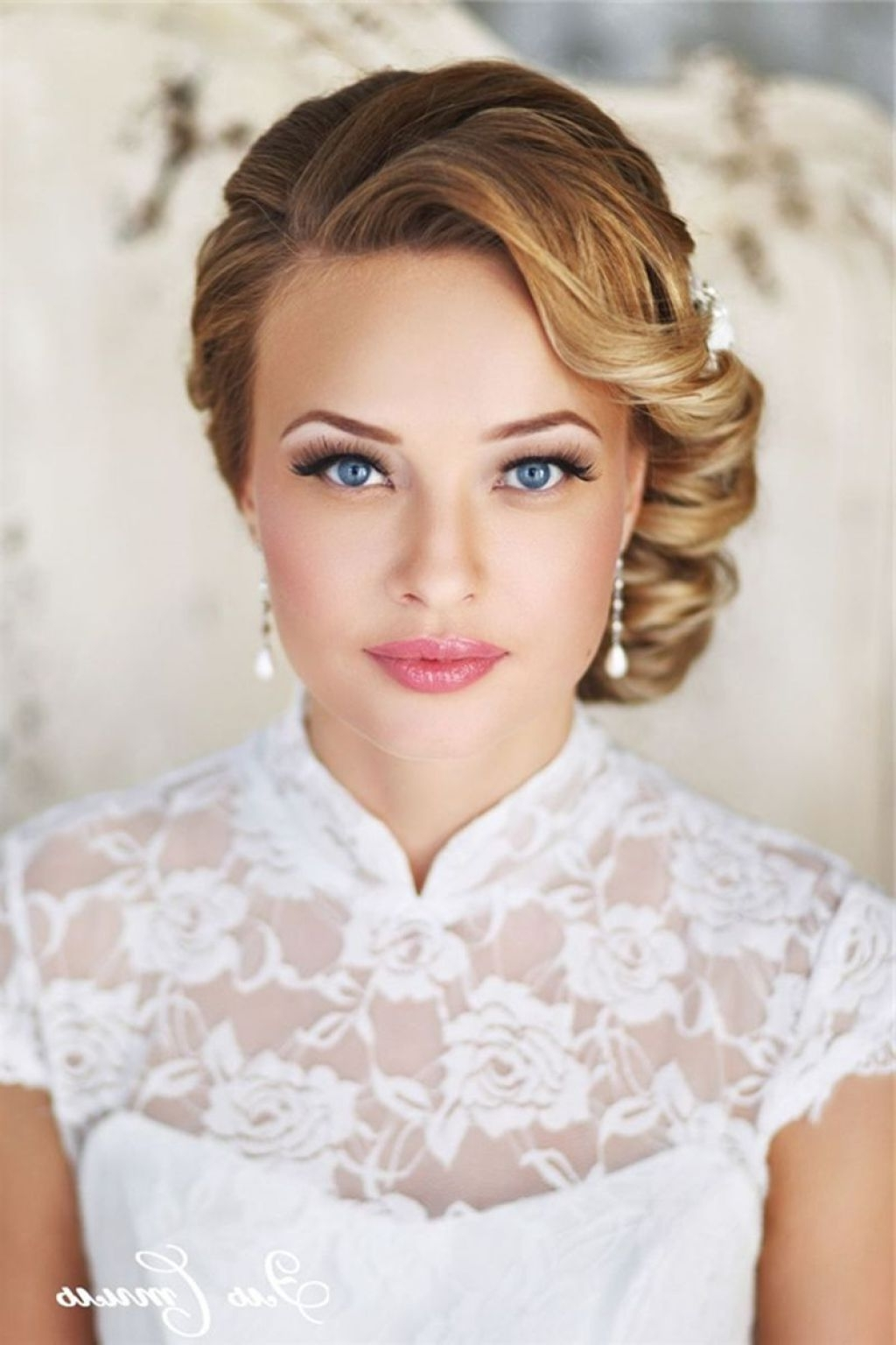 √ 24+ Fresh Bridal Hairstyles For Short Hair: Breathtaking 36 For Newest Wedding Hairstyles On Short Hair (View 3 of 15)