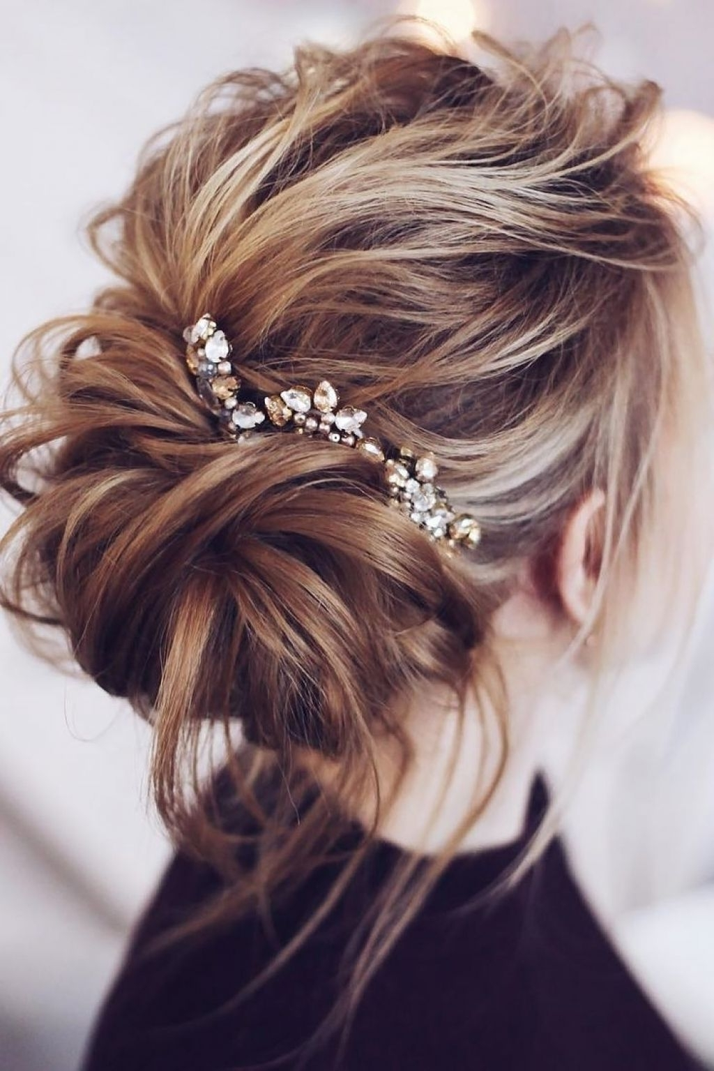 √ 24+ Nice Hairstyles For A Wedding: Messy Low Bun Wedding Hair How With Regard To Preferred Messy Wedding Hairstyles (View 1 of 15)