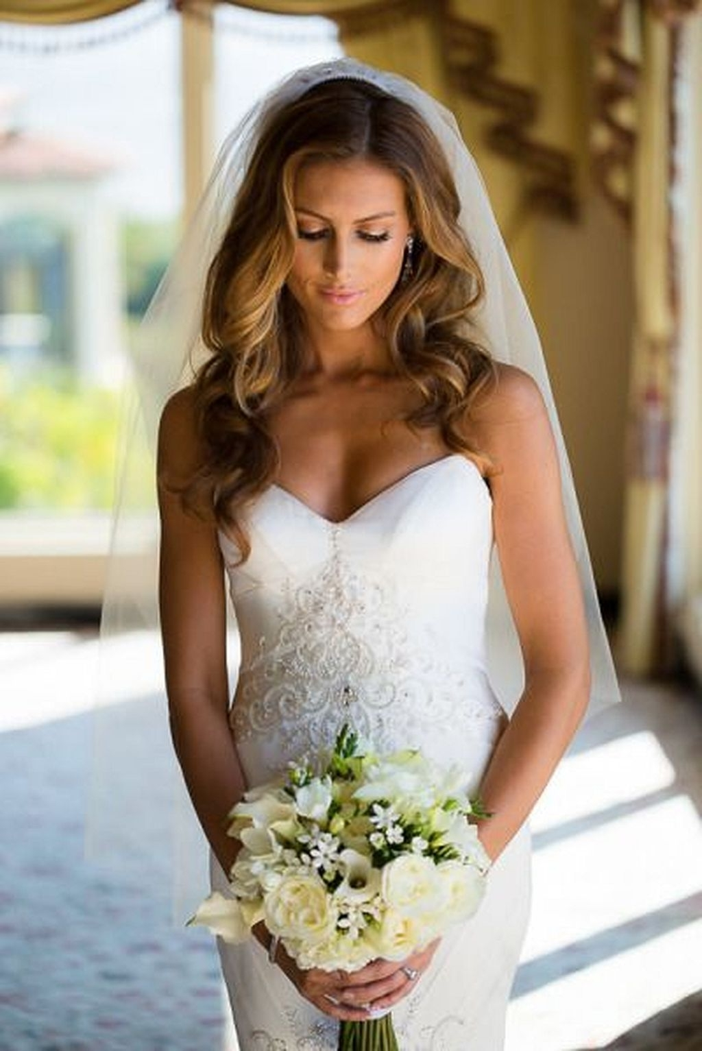 √ 24+ Nice Wedding Hairstyles With Veil: 40 Wedding Hair Down With Within Well Liked Wedding Hairstyles Down With Veil (View 4 of 15)