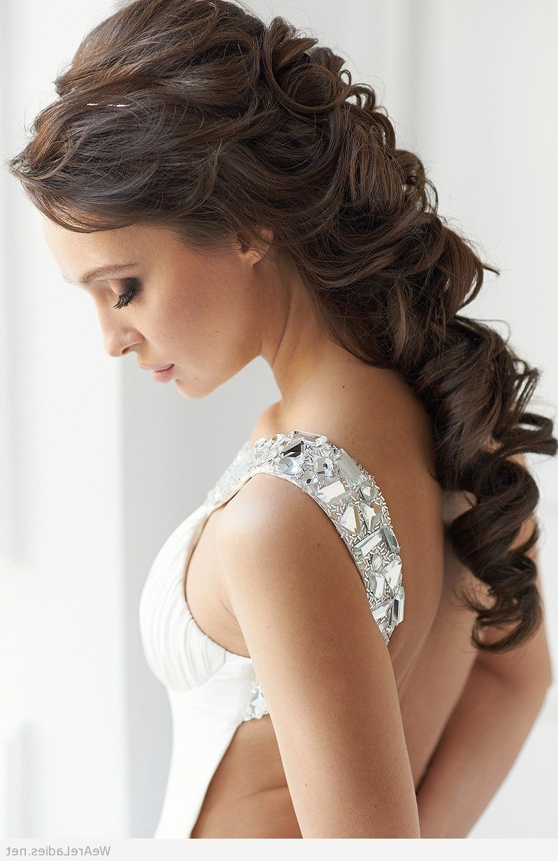 Elegant Wedding Hairstyle And One Shoulder Dress With Most Up To Date Over One Shoulder Wedding Hairstyles (View 3 of 15)