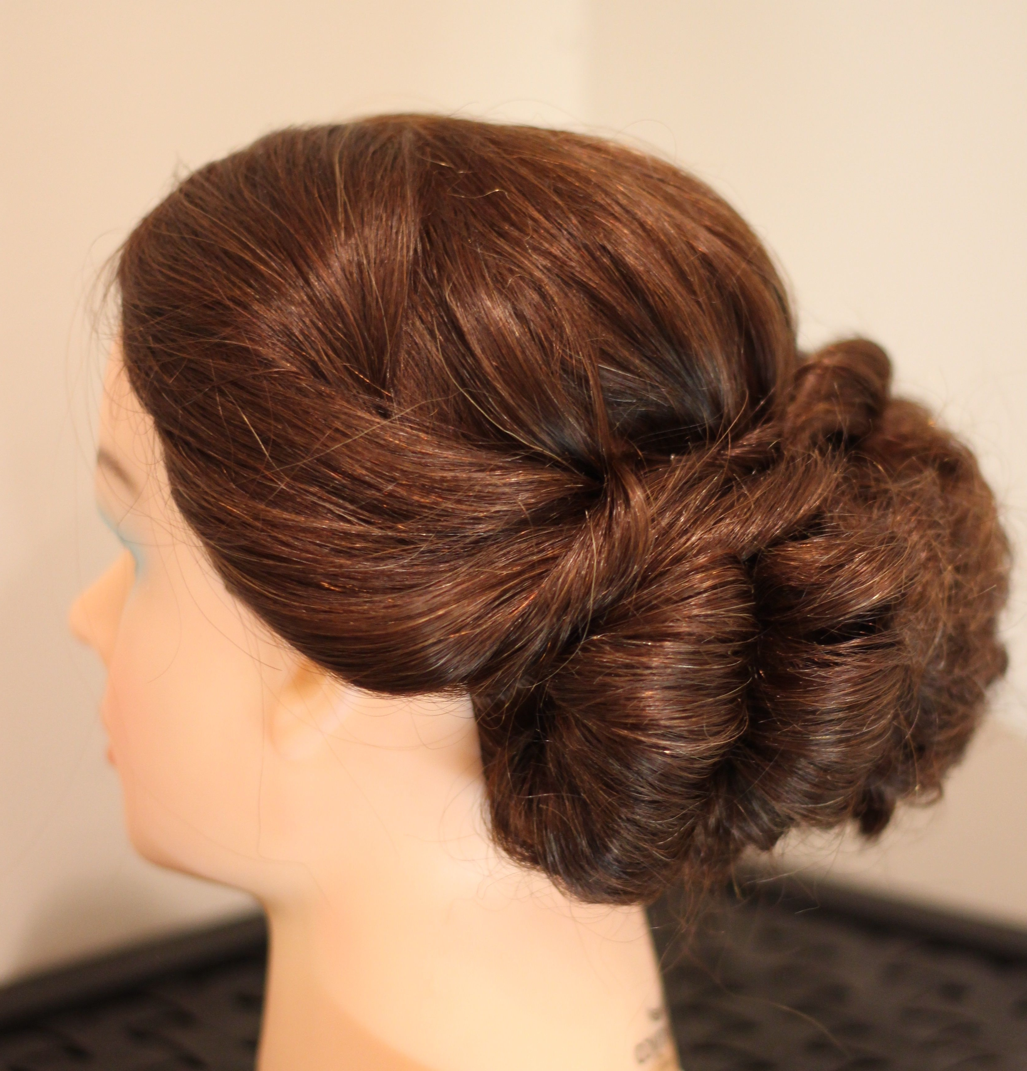 Famous Loose Bun Wedding Hairstyles For Low Loose Bun (Gallery 9 of 15)