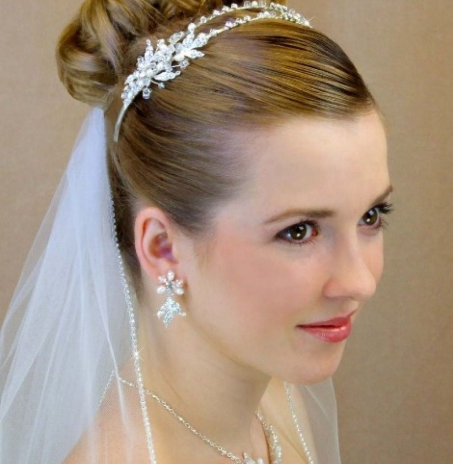 Famous Wedding Hairstyles For Short Hair With Veil And Tiara For Wedding Hairstyles Tiara (View 10 of 15)
