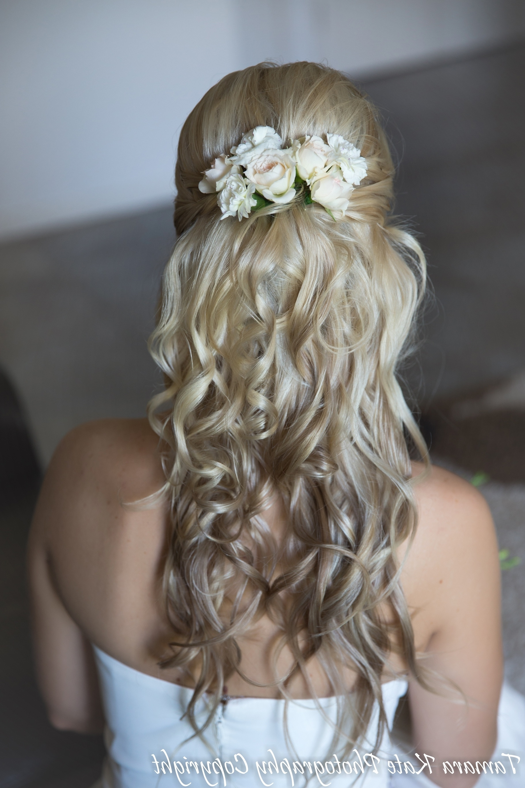 Fashionable Beach Wedding Hair For Bridesmaids Within Wedding Hairstyles For Brides With Long Hair – Hairstyle For Women & Man (View 11 of 15)