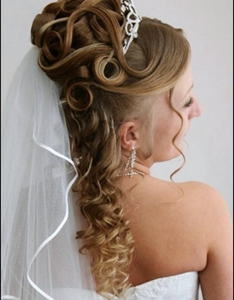 Favorite Beach Wedding Hairstyles For Shoulder Length Hair Inside Wedding Hairstyles For Medium Length Hair Half Up Beach Wedding (View 5 of 15)