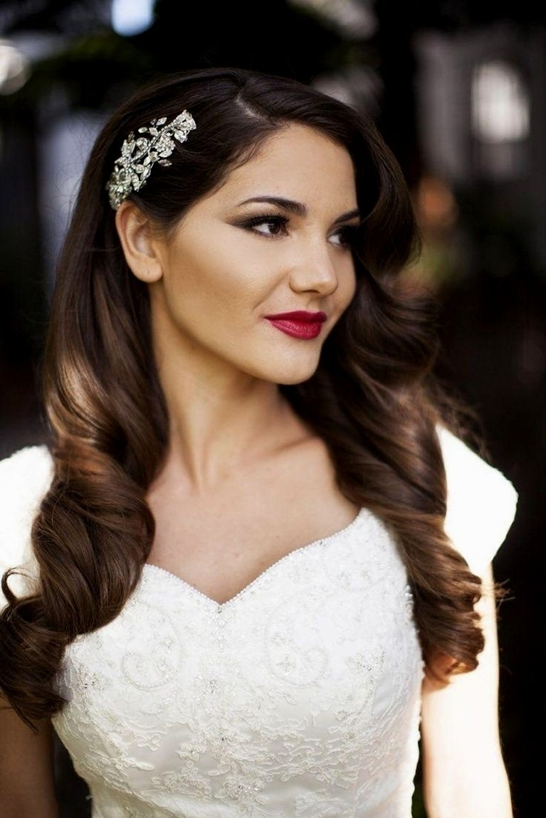 Hairstyles Ideas Throughout Most Popular Wedding Hairstyles Without Veil (View 5 of 15)