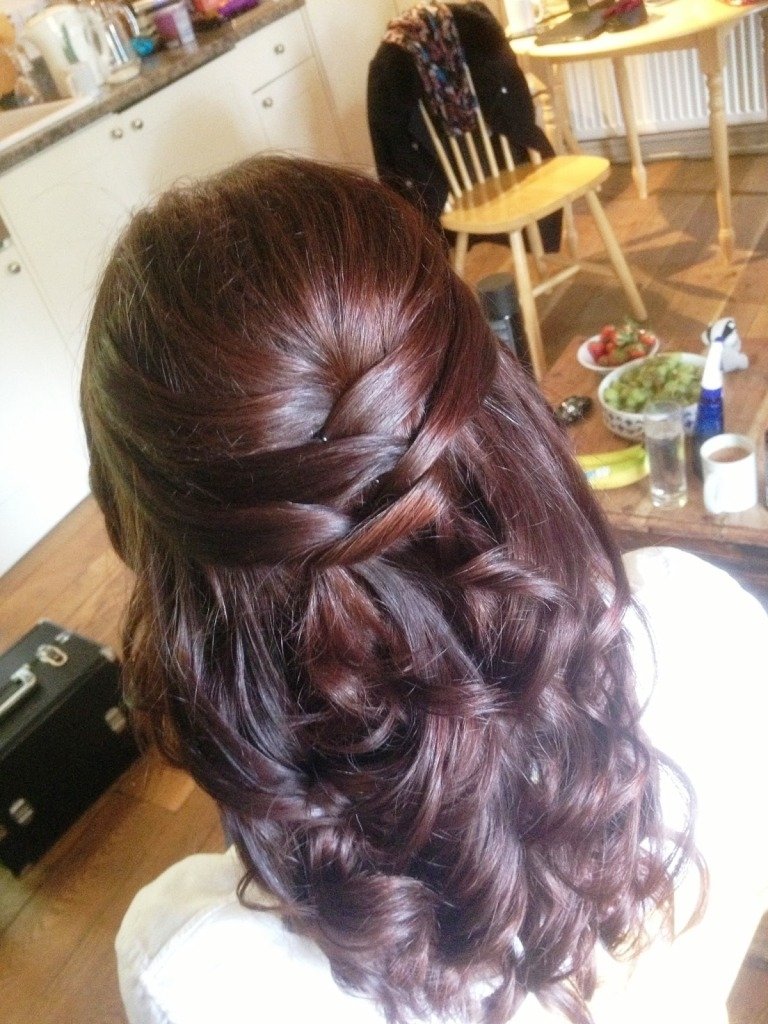 Half Up Half Down Wedding Hairstyle Ideas For Short Hair Brides Throughout Well Known Half Up Half Down With Fringe Wedding Hairstyles (View 8 of 15)