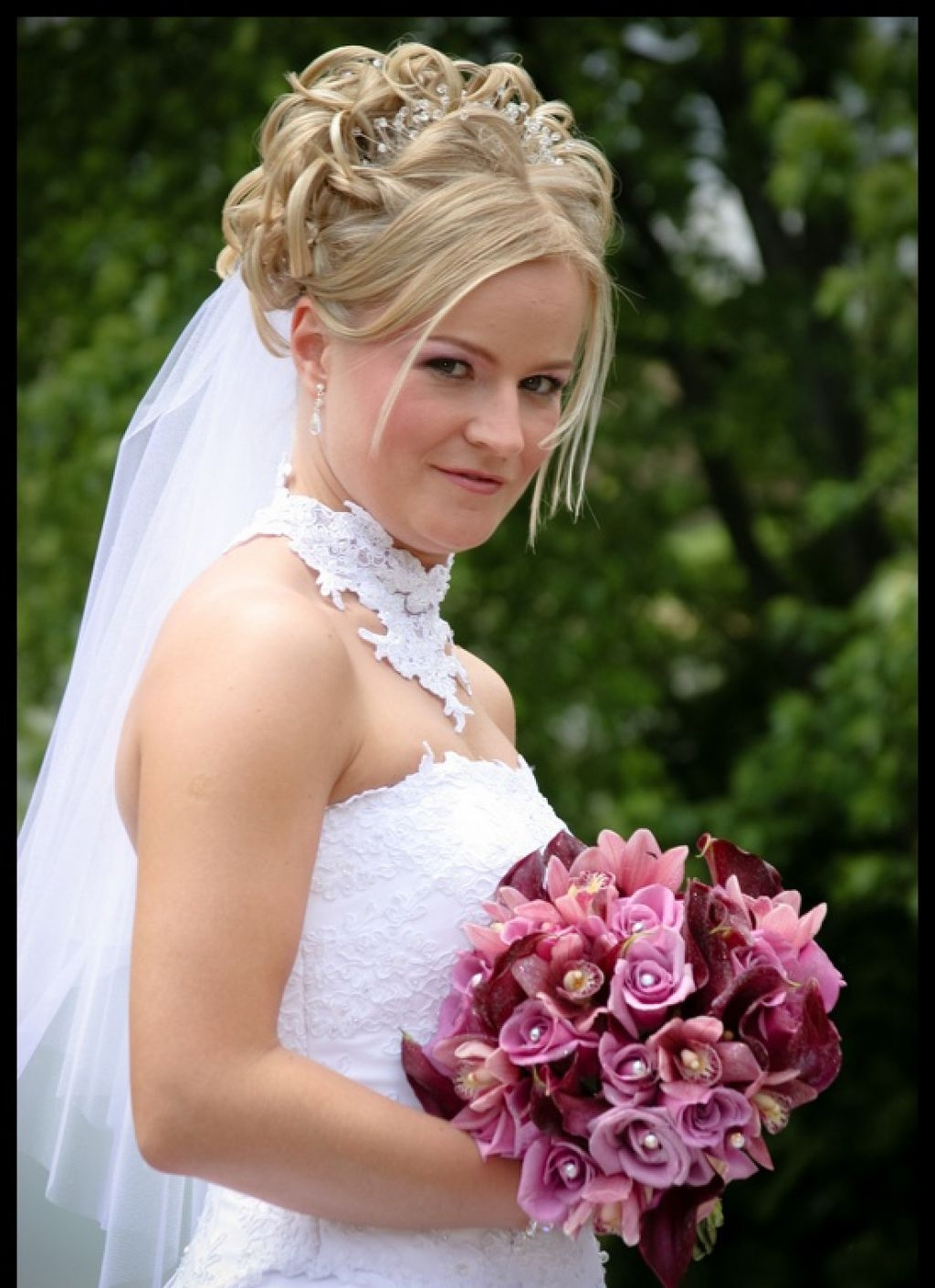 Half Up Wedding Hairstyles For Long Hair With Veil Within Well Known Wedding Hairstyles For Long Hair Up With Veil (View 6 of 15)