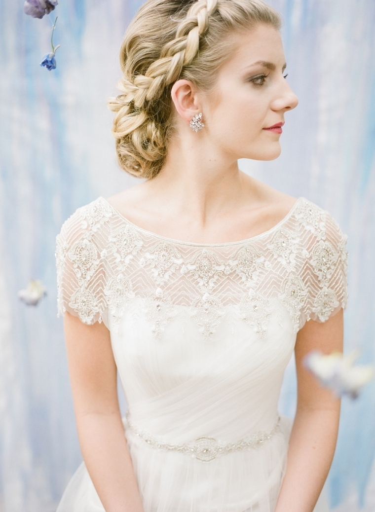 How To Choose Your Wedding Jewelry – Every Last Detail Pertaining To Trendy Wedding Hairstyles For V Neck Dress (View 11 of 15)